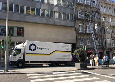 Elevador fachada Vigo